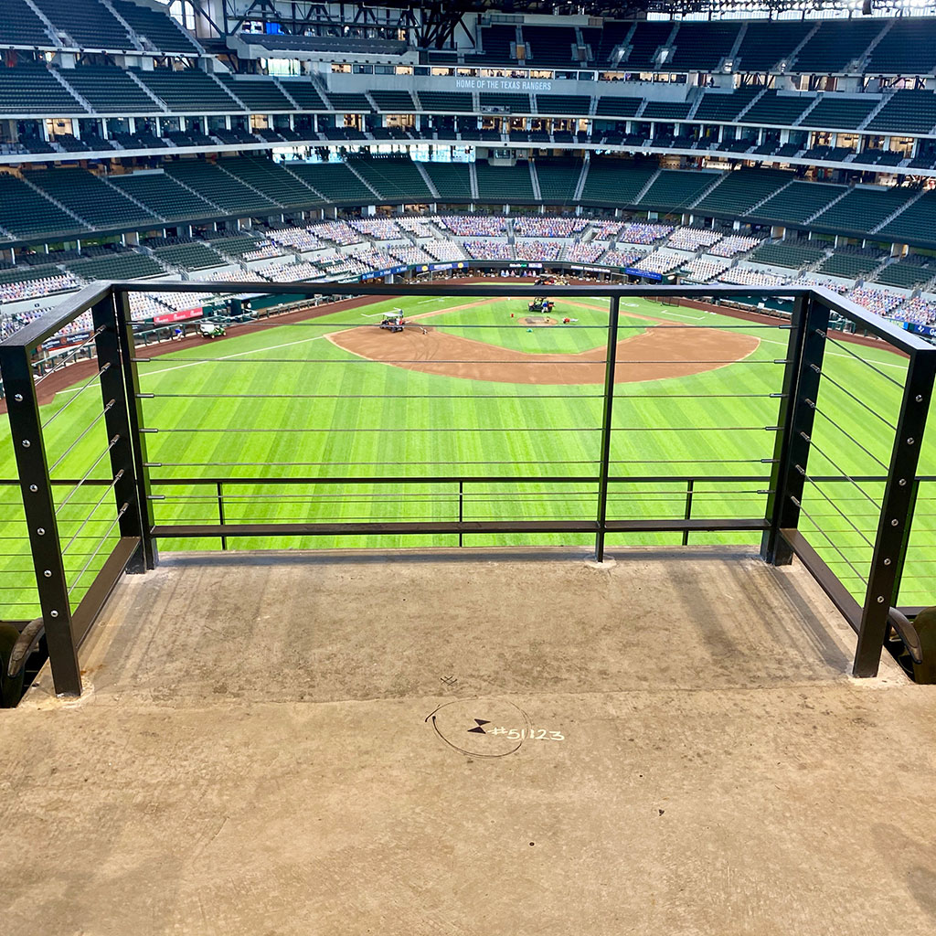Stadium cable railing